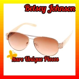 Authentic Betsey Johnson Aviator Sunglasses
